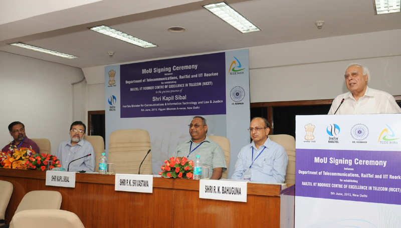 The Union Minister for Communications & Information Technology and Law & Justice, Shri Kapil…