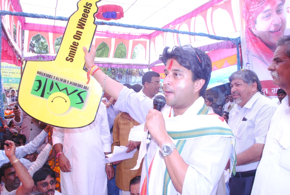 Union Power Minister Madhavrao Jyotiraditya Scindia unveiling CSR initiatives of REC…