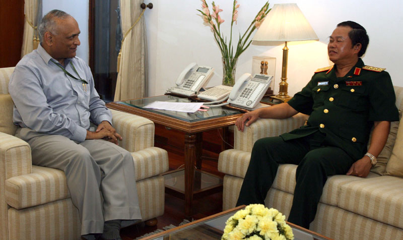 The Vice Minister of National Defence & Chief of General Staff of Vietnam,…