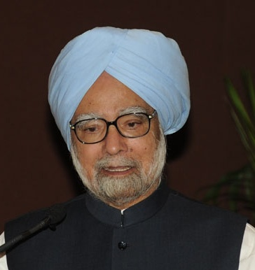 """PM SHOULD STOP SPREADING """"FALSEHOOD AND CANARDS"""" AND APOLOGISE TO THE NATION: MANMOHAN SINGH"""