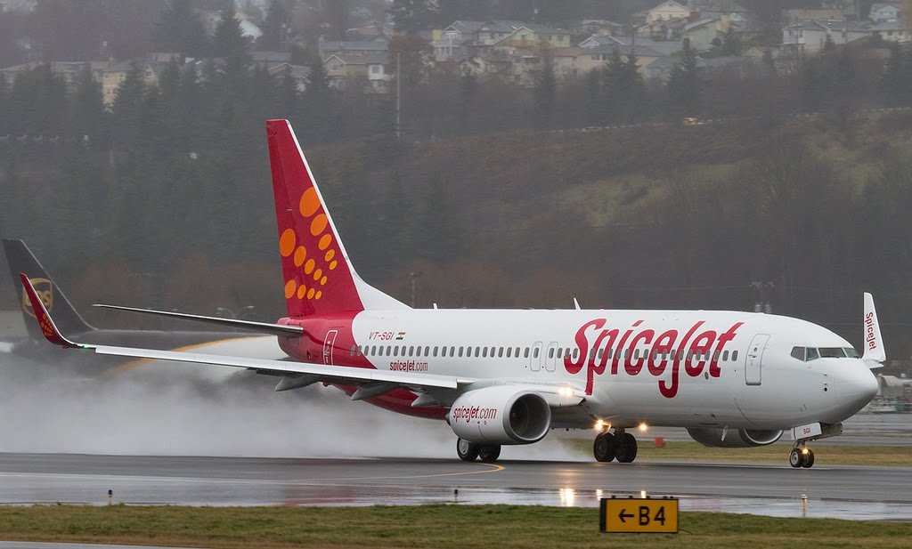LOW COST CARRIER SPICEJET STARTS ITS DELHI-SURAT-DELHI SERVICE