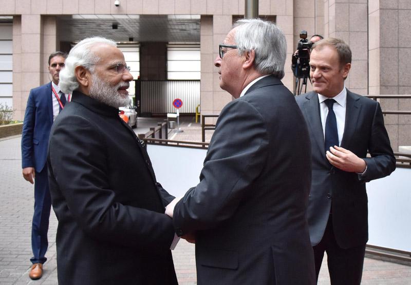 The Prime Minister, Shri Narendra Modi with the President European Council, Mr. Donald Tusk..