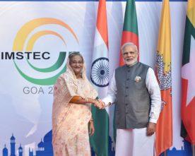 The Prime Minister, Shri Narendra Modi formally receives the BIMSTEC leader, in Goa