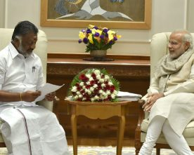 The Chief Minister of Tamil Nadu, Shri O. Panneerselvam calls on the ..
