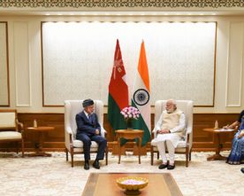 The Oman Foreign Minister, Mr. Yousuf bin Alawi bin Abdullah calls on the Prime Minister, Shri Narendra Modi, in New Delhi