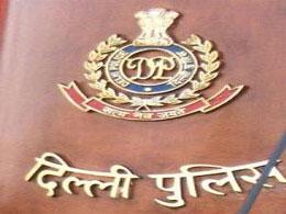 DELHI POLICE ARRESTS BOOTLEGGER SEIZES 52 CARTON OF ILLICIT LIQUOR DURING ELECTIONS TIME