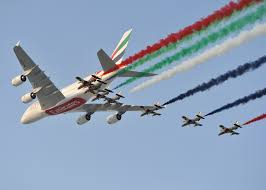 EMIRATES BUYS 40 BOEING 787-10 DREAMLINERS AS DUBAI AIR SHOW KICK STARTS