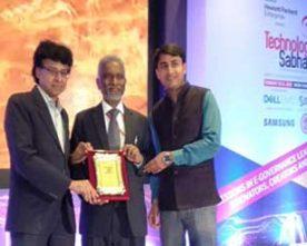 """Dr. M Ravi Kanth IAS , CMD HUDCO receives """"Technology Sabha Award"""""""