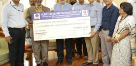 HUDCO Pays Rs.110.10 crore Dividend for FY 2017-18